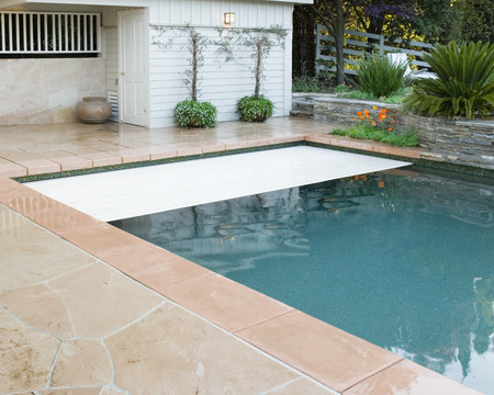 Glass tile swimming pool, glass tile spa, Bisazza Mosaico L ...