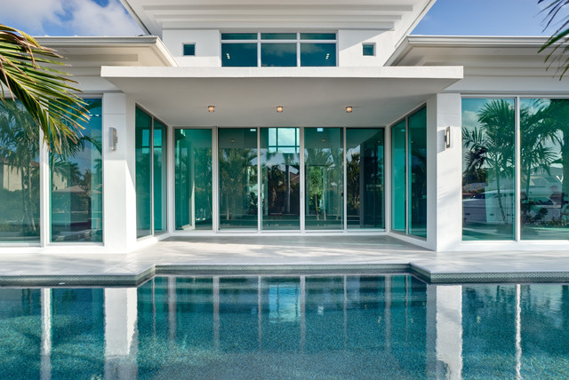 GLASSHOUSE LEED certified home in Lighthouse Point