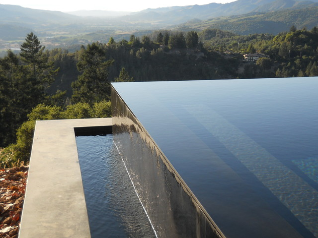 Glen ellen vanishing edge pool contemporary pool san francisco by swan pools bay area for Swimming pool contractors san francisco bay area