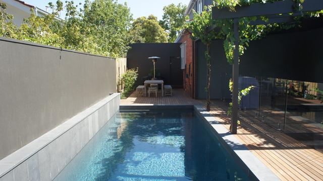 Glen Iris deck pool contemporary-pool