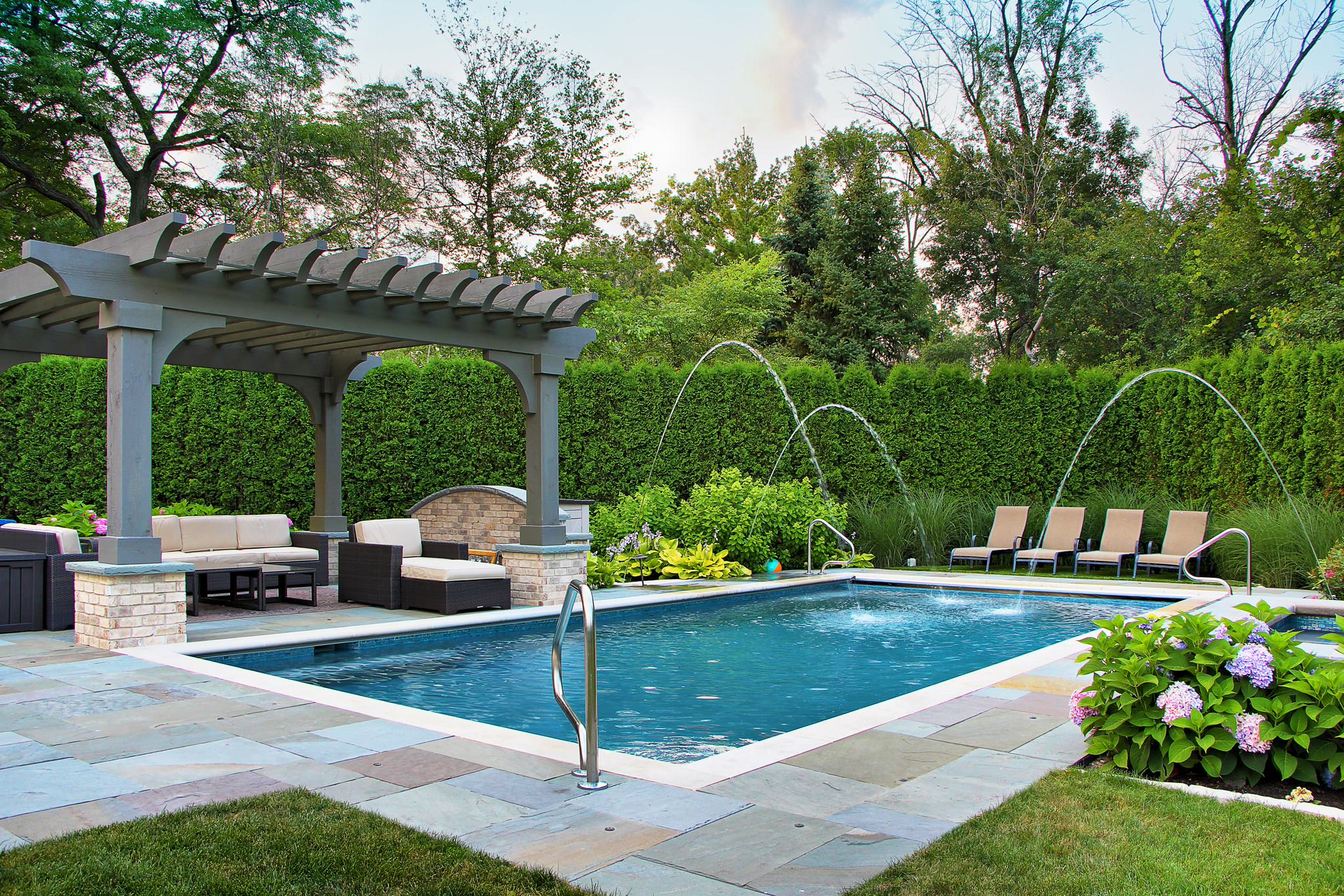75 Beautiful Traditional Pool Pictures Ideas March 2021 Houzz