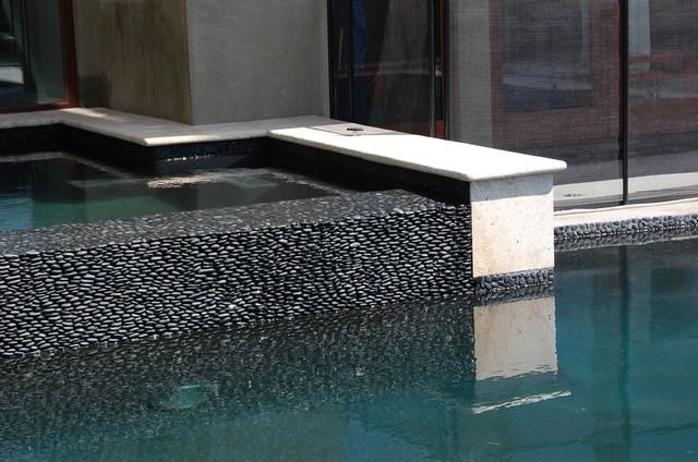 Gray Black Standing Pebble Tile Pool Wall Modern