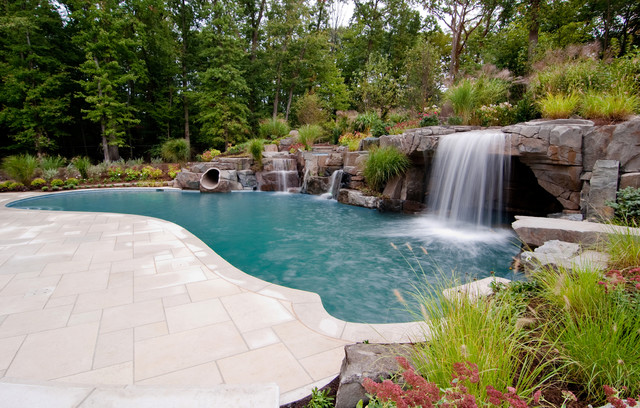 Superieur Pool Fountain   Tropical Stone Natural Pool Fountain Idea In New York