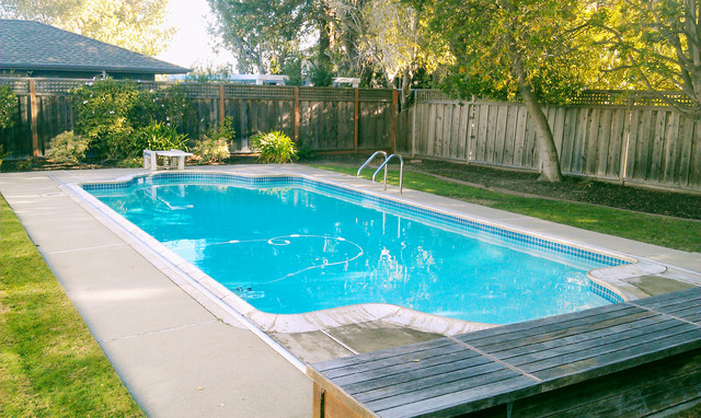 Hillsborough traditional pool san francisco by for Pool design reunion