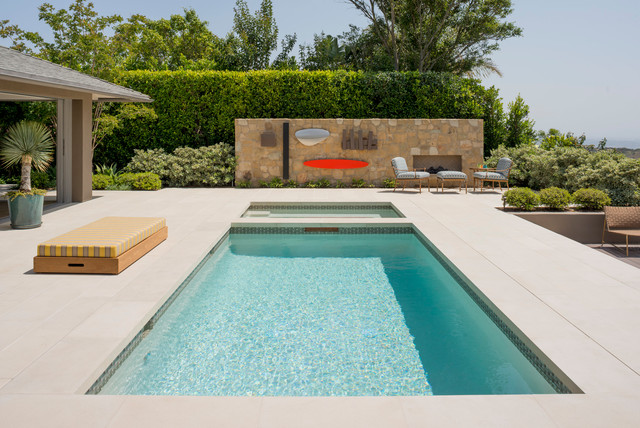 Hollywood bungalow 1 midcentury swimming pool hot for Pool design questions