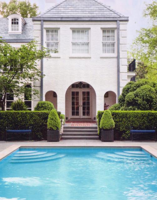 House in historic belle meade nashville traditional for Pool design nashville