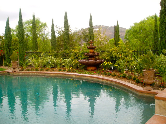 IDEAS: Water traditional-pool