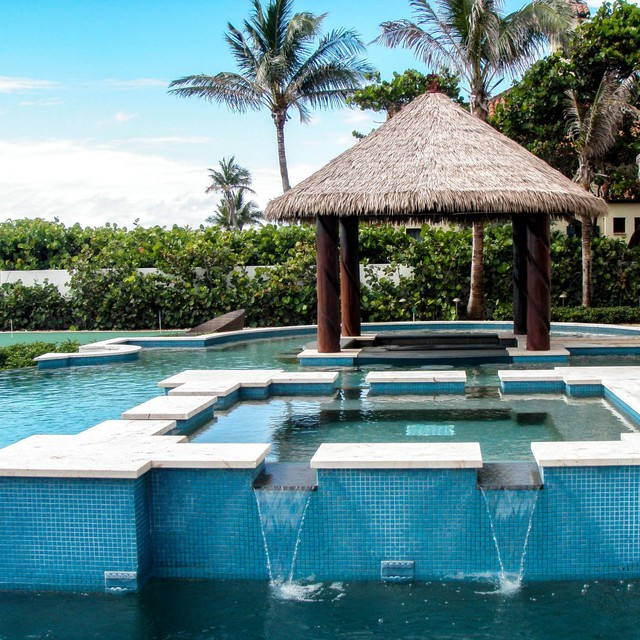 In pool tiki bar florida tropical pool other metro for Pool design with bar