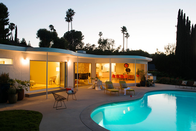 Indoor outdoor midcentury los angeles modern pool - Indoor swimming pool in los angeles ...