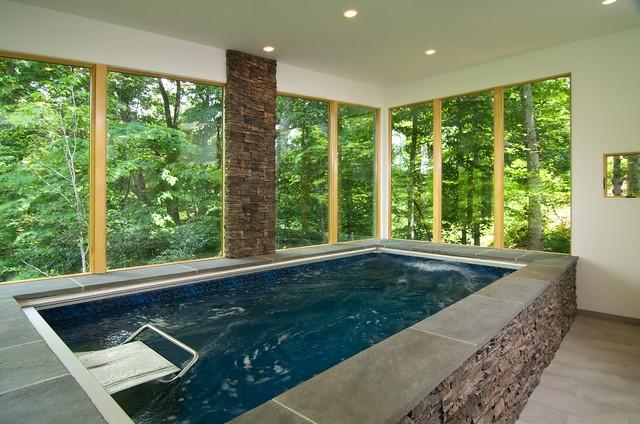 Indoor Pool Bath Современный