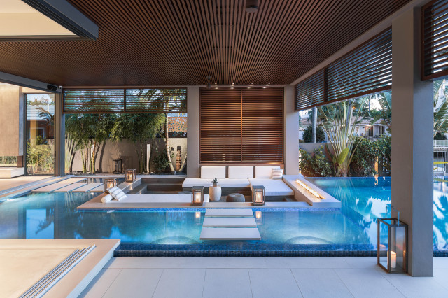 Infinity Edge Pool With Sunken Seating Area In Fort Lauderdale Modern Swimming Pool Hot Tub Miami By Van Kirk Sons Pools And Spas Houzz Uk