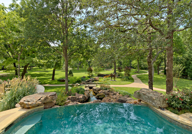 Infinity Edge Pools traditional-pool