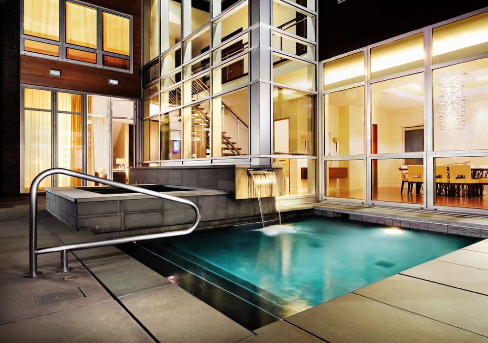 Inspiration for a timeless pool remodel in Chicago