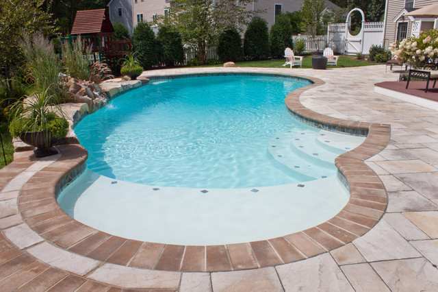 Inground swimming pools modern pool manchester nh for In ground swimming pool contractors