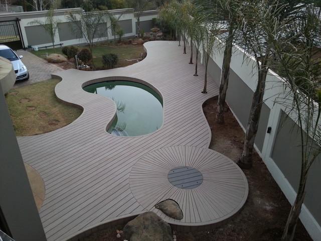 Inspiring decks traditional-pool