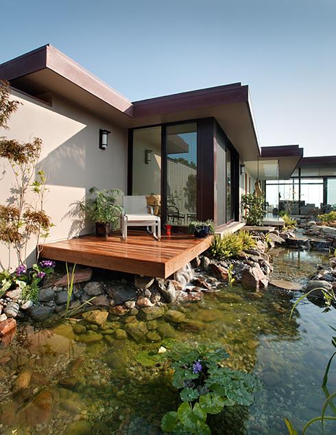 Irvine Terrace Residence modern-pool