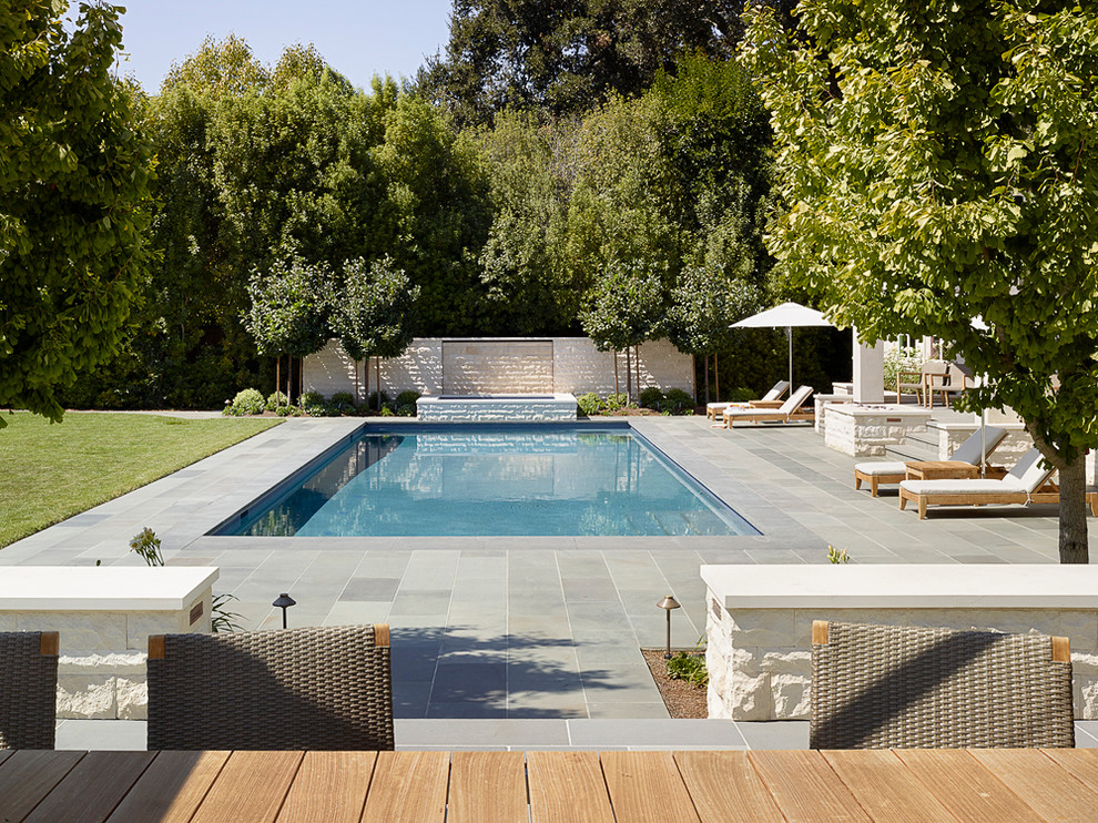 How to Design the Space Surrounding Your Pool