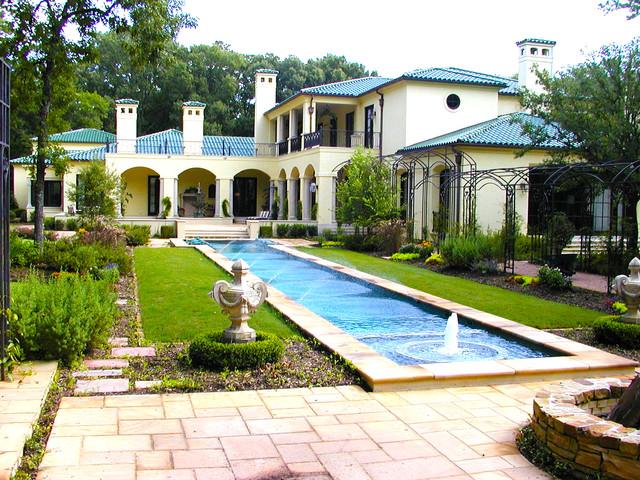 Italian Garden Design Estates Traditional Pool