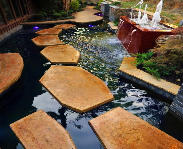 Kentucky residence koi pond fountain for Koi pond pool table