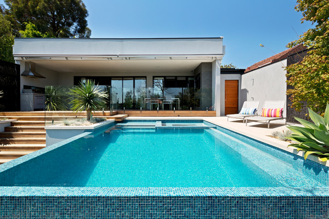 Kew Infinity Pool and Spa - Modern - Pool - Melbourne - by ...