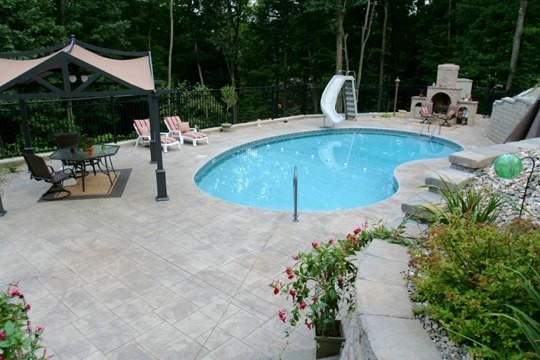 Kidney Shaped Pool With Slide Swimming Pool Amp Hot Tub