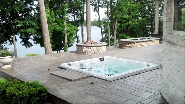 King Ultra Hot Tub Installation