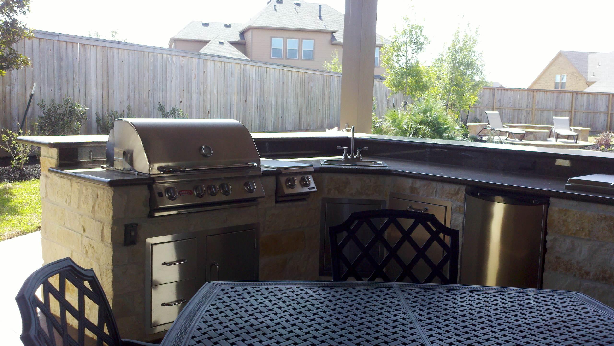 L Shaped Outdoor Kitchen Houzz