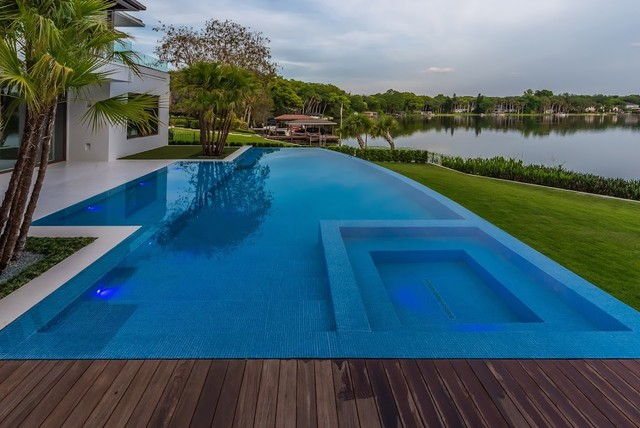 Lakeside Pool With Infinity Edge And Tile Interior 1