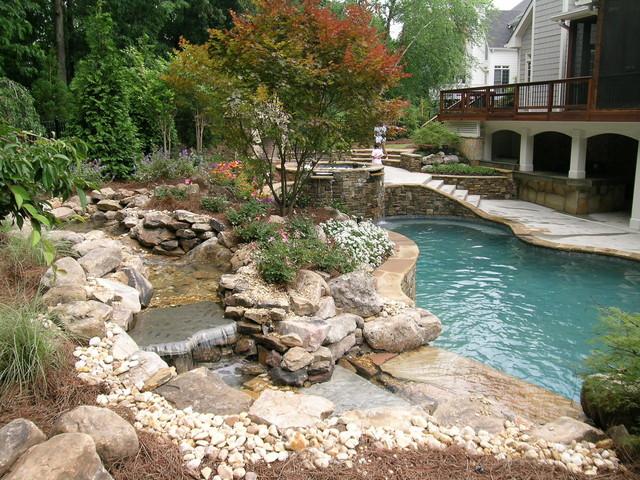 Bond traditional-pool