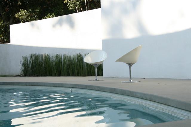 Lindaflora House modern-pool
