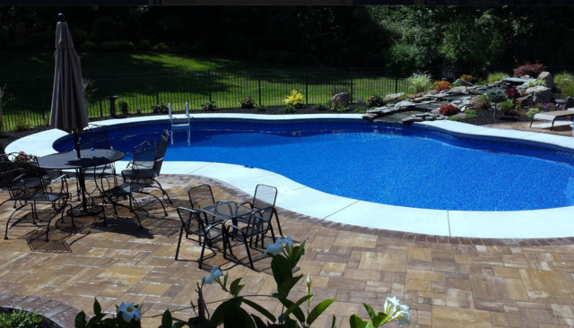 Local projects rochester ny modern swimming pool for Pool design rochester ny