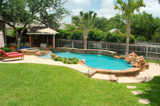 Luxury backyards traditional pool austin by cody for Pool design inc