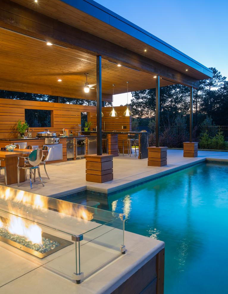 Luxury Pool With Modern Cabana, Pool Cabana With Bathroom