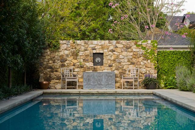Madison Heights traditional-pool
