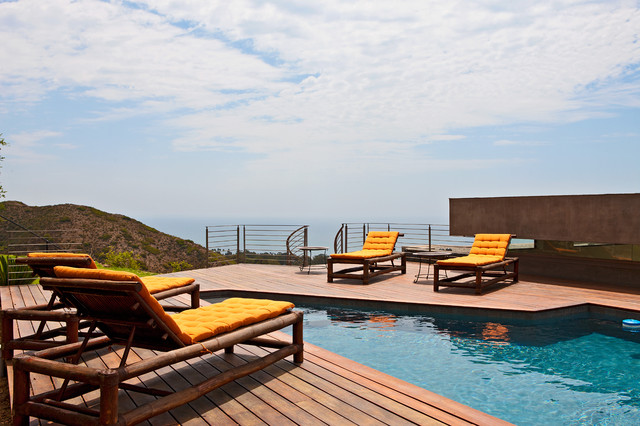 Malibu Home For Sale • 27312 Winding Way contemporary pool