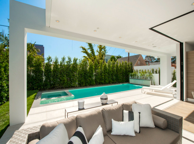 Maryland contemporary pool los angeles by trinity for Pool design maryland