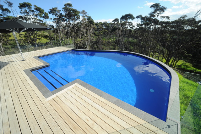 Mayfair pools coatesville auckland modern pool for Pool design auckland