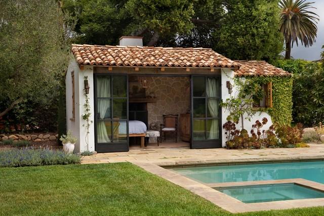 Mediterranean Cottage Mediterranean Swimming Pool