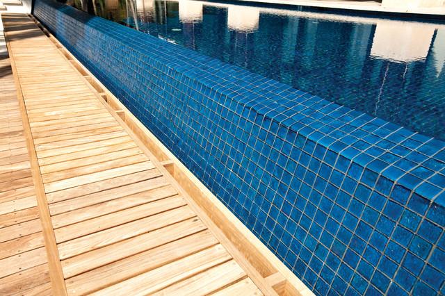 Miami Beach tropical-pool