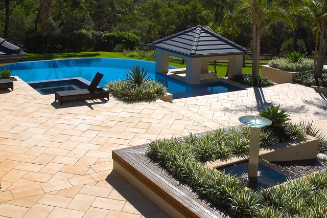 Middle dural 1 contemporary pool sydney by dean for Outdoor furniture yatala