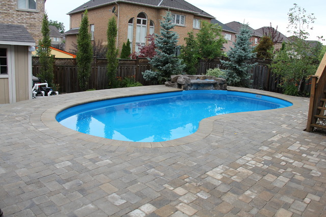 Mississauga Charm - Traditional - Pool - Toronto - By Simply Pools And Spas