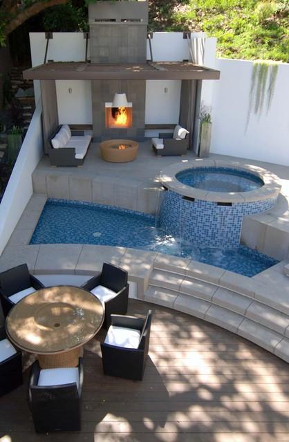 MJ Lanphier contemporary-pool