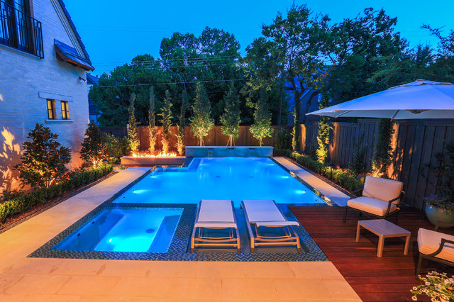 Modern Landscape and Zero Edge Pool - Contemporary - Pool - other metro - by AquaTerra Outdoors