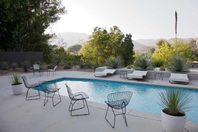 Modern Outdoor Pool modern-pool