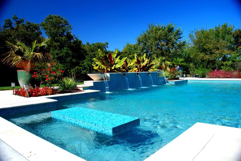 Pool - modern pool idea in Oklahoma City