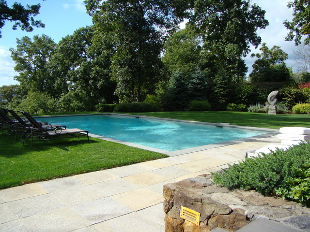 modern pool by Johnsen Landscapes & Pools