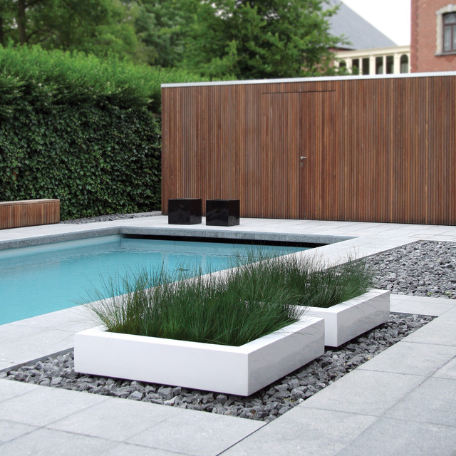 Cube planter 06606 modern pool other metro by usona for Modern contemporary swimming pools