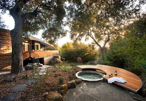 deck around hot tub