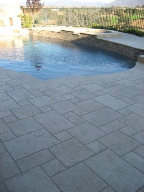 Mountain Residence mediterranean-pool