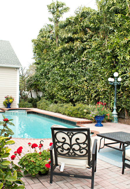 My Houzz: Kadet Home traditional-pool